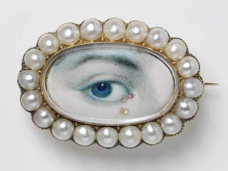 Photo of Lover's eye brooch, 1800 – 20, England. Museum no. P.56-1977. © Victoria and Albert Museum, London