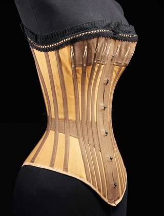 e98f3a533d V A · Undressed  A Brief History of Underwear