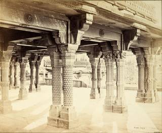 Carved pillars in the Panch Mahal at Fatehpur Sikri, Agra, India, photograph by Samuel Bourne, about 1865, Agra, India. Museum no. 53:272. © Victoria and Albert Museum, London