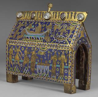 Photo of The Becket Casket, about 1180 – 1190, France. Museum no. M.66-1997. © Victoria and Albert Museum, London