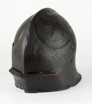 Photo of Sallet, 1460 – 1490, England. Museum no. M.580-1927. © Victoria and Albert Museum, London