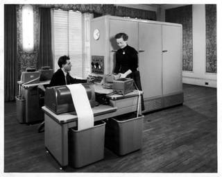 Ferranti Pegasus Mark 1 computer, 1957. © Mary Evans Picture Library/Alamy Stock Photo