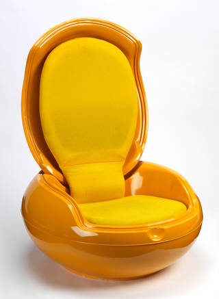 Photo of Garden egg chair, designed by Peter Ghyczy, made by Elastogran GmbH, 1968 – 71, Germany. Museum no. W.8-2007. © Victoria and Albert Museum, London