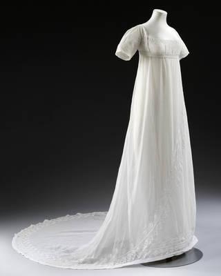 Wedding dress, about 1807, England. Museum no. T.12:1-2013. © Victoria & Albert Museum, London