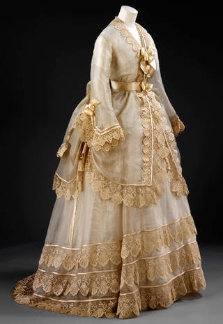 Wedding dress, 1872, probably Britain. Museum no. T.68 to 68B-1962. © Victoria and Albert Museum, London