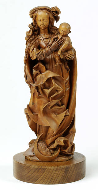 Photo of Virgin and Child, statuette, Veit Stoss, about 1480 – 90, Poland. Museum no. 646-1893. © Victoria and Albert Museum, London