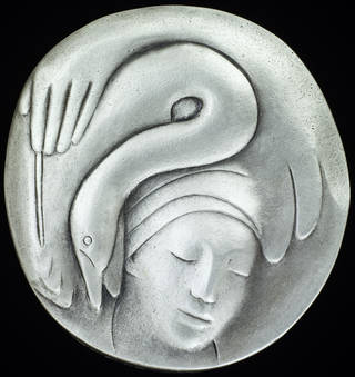 Photo of Leda and the Hatpin, medal, Linda Crook, 1999, United Kingdom. Museum no. A.6-2003 © Victoria and Albert Museum, London