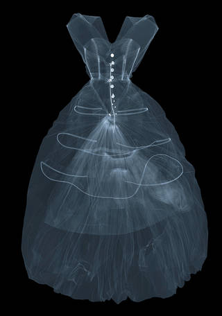Photo of X-ray photograph of silk taffeta evening dress by Cristóbal Balenciaga, 1955, Paris, France. X-ray by Nick Veasey, 2016. © Nick Veasey
