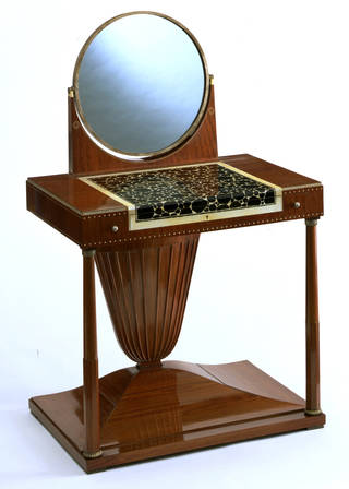 Photo of Dressing table, Emile Jacques Ruhlmann, 1919 – 1923, France. Museum no. W.14:1 to 6-1980. © Victoria and Albert Museum, London
