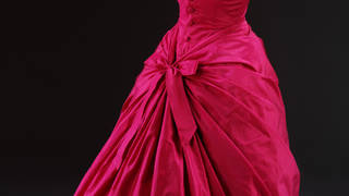 Fuschia dress hero2