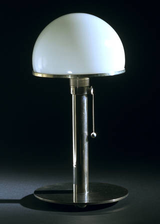 MT8, table lamp, Wilhelm Wagenfeld, about 1924, Germany. Museum no. M.28&A-1989. © Victoria and Albert Museum, London