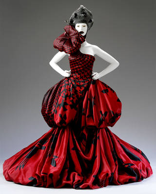 Photo of Dress, Alexander McQueen, 2009, Italy. Museum no. T.29-2012. © Victoria and Albert Museum, London