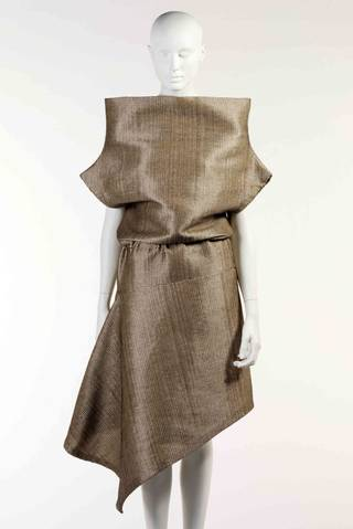 Photo of Raffia dress, Alexander McQueen, 2000, France. Museum no. T.919-2000. © Victoria and Albert Museum, London