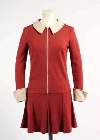 2011en2365 sixties quant red dress 960