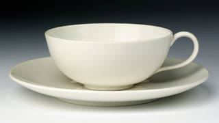 Photo of Neu-Berlin, cup and saucer, designed by Trude Petri, manufactured by Staatliche Porzellanmanufaktur, 1931, Germany. Museum no. C.26:1&2-2009. © Victoria and Albert Museum, London