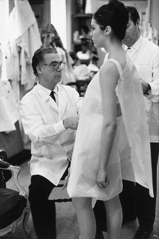 Cristóbal Balenciaga at work, 1968, Paris, France. Photograph by Henri Cartier-Bresson. © Henri Cartier-Bresson/Magnum Photos