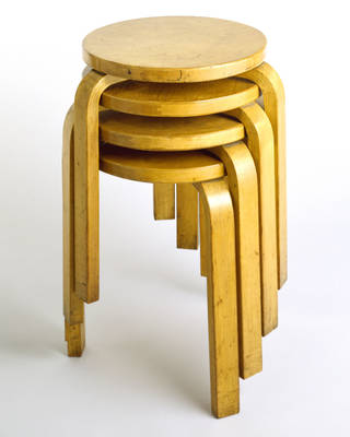 Stool, designed by Alvar Aalto, manufactured by Artek, 1929 – 30, Finland. W.50-1977. © Victoria and Albert Museum, London