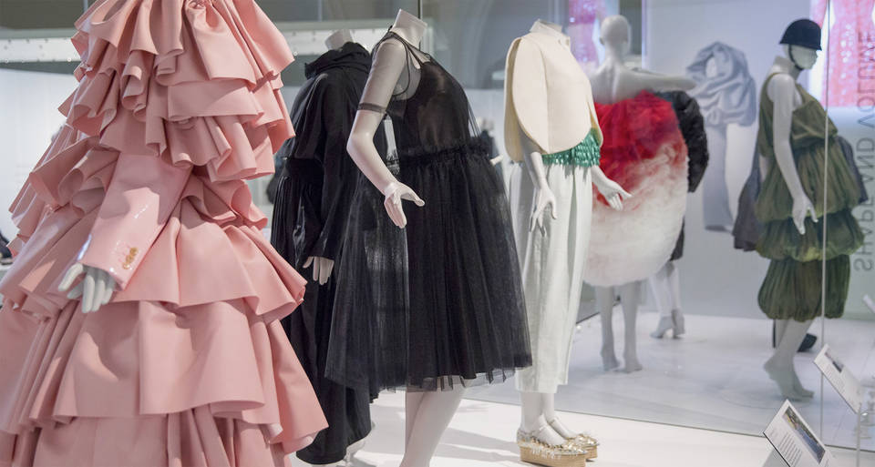 balenciaga shaping fashion  V&A · Balenciaga: Shaping Fashion