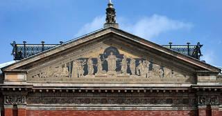 2011ev0608 garden facade