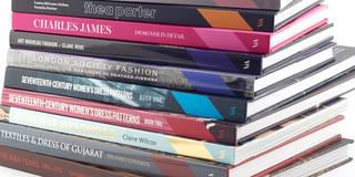 Books%20textile%20opt%201