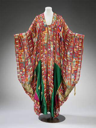 Kaftan, Thea Porter, about 1968, UK. Museum no. T.221-1992. © Victoria and Albert Museum, London