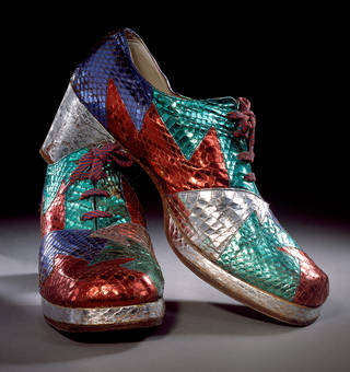 Pair of shoes, Terry de Havilland, 1972, UK. Museum no. T. 78&1983. © Victoria and Albert Museum, London