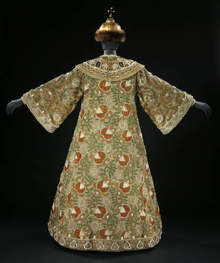 Photo of Costume for Boris Godunov worn by Feodor Chaliapin, designed by Alexander Golovin, about 1909, Russia. Museum no. S.459-to-E-1979. © Victoria and Albert Museum, London