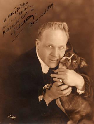 Feodor Chaliapin, photograph, 1929. © Victoria and Albert Museum, London