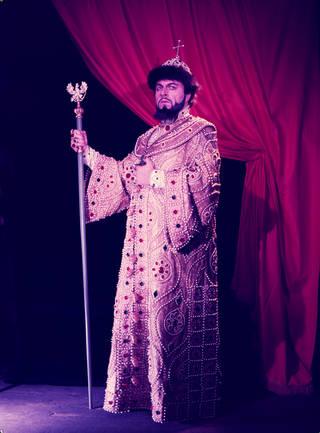 Boris Christoff as Boris Godunov in Mussorgsky's opera Boris Godunov, Sadler's Wells Theatre, 1958, England. © Victoria and Albert Museum, London