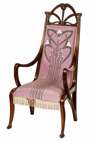 Photo of Armchair, Louis Majorelle, 1899 – 1900, France. Museum no. 2001-1900. © Victoria and Albert Museum, London