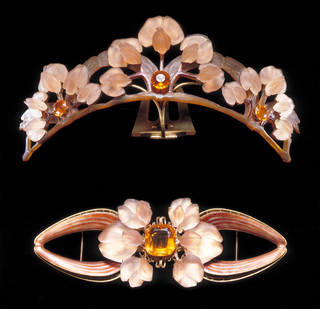 Photo of Tiara comb and bodice ornament, Rene Lalique, 1903 – 4, France. Museum nos. M.116 to 116A-1966. © Victoria and Albert Museum, London