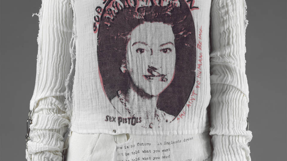 3735f7cb680 V A · Vivienne Westwood  punk