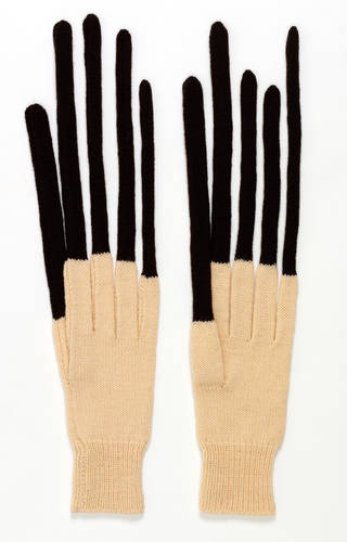 Photo of Peter gloves, Freddie Robins, 1997 – 9, England. Museum no. T.620:1&2-1999. © Victoria and Albert Museum, London