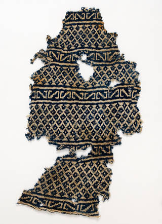 Sock, 1100 – 1300, Egypt. Museum no. T.201-1929. © Victoria and Albert Museum, London
