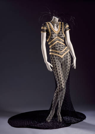 Evening dress, Julien Macdonald, 1996, Britain. Museum no. T.24:1-1997. © Victoria and Albert Museum, London