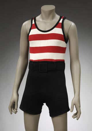 Bathing suit, Meridian, about 1925, England. Museum no. T.229-1982. © Victoria and Albert Museum, London
