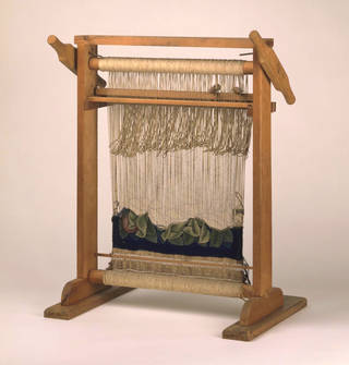 Loom, Merton Abbey Workshop, late 19th century, England.  Museum no. 293-1893. © Victoria and Albert Museum, London