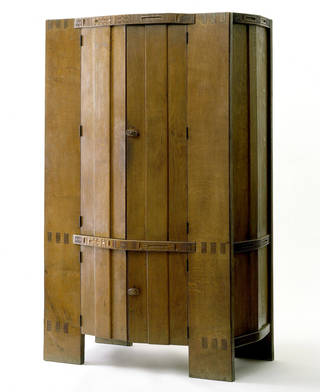 Wardrobe, designed by Ernest Barnsley, manufactured by Daneway House Workshops, 1902, England. Museum nos. W.39:1 & 2-1977. © Victoria and Albert Museum, London