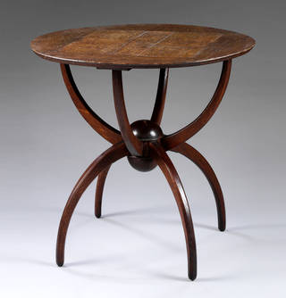 Table, Charles Voysey, 1903 – 06, England. Museum no. W.19-1981. © Victoria and Albert Museum, London