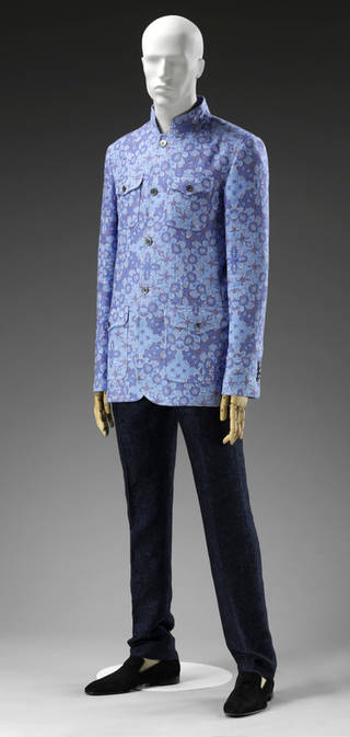 Blue patterned mens shirt with black trousers and black shoes