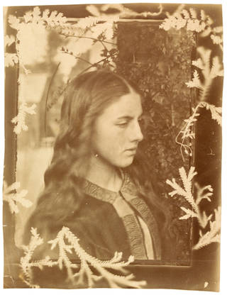 Kate Dore, photograph, by Oscar Gustaf Rejlander possibly in collaboration with Julia Margaret Cameron, printed by Julia Margaret Cameron, about 1862, England. Museum no. PH.258-1982. © Victoria and Albert Museum, London