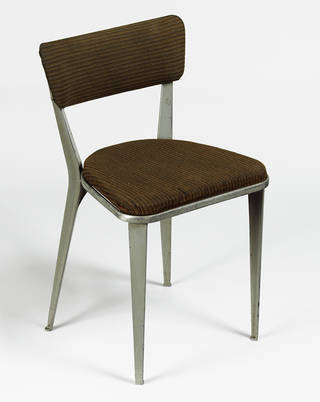 BA-3, chair, Ernest Race, 1945, UK. Museum no. W.4-2010. © Victoria and Albert Museum, London