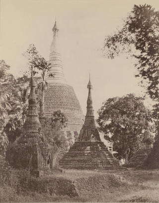 Photo of Near View of the Shwe-Dagon pagoda, Rangoon (Yangon), photograph by Linnaeus Tripe, 1855, Burma. Museum no. 1596-1909. © Victoria and Albert Museum, London
