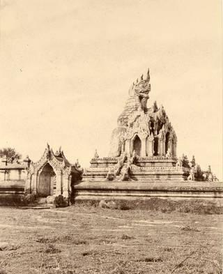 Nagayoung Pagoda, Amerapoora by Linnaeus Tripe, 1855, Burma. Museum no. 1534-1909. © Victoria and Albert Museum, London