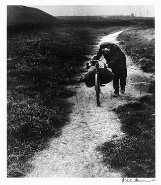 Coal-searcher Going Home to Jarrow, photograph by Bill Brandt, 1937. © Bill Brandt Archive Ltd.