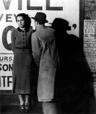 Street Scene or Couple in Peckham, photograph by Bill Brandt, 1936. © Bill Brandt Archive Ltd.