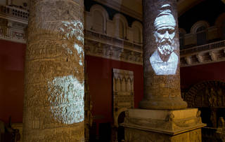 Projection mapping on Trajan's Column by Dreamrec & Rochite, 2013. © Victoria and Albert Museum, London