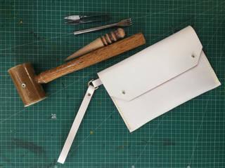 Make an Elegant Leather Clutch bag photo