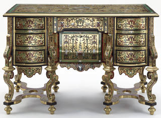 Desk, about 1700, France. Museum no. 372-1901. © Victoria and Albert Museum, London