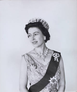 Photo of Queen Elizabeth II, photograph by Cecil Beaton, 1968, England. Museum no. PH.1922-1987. © Victoria and Albert Museum, London